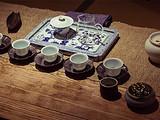 茶圈黑话揭秘:旧社会茶馆曾当作公堂审案,进出茶馆也危机重重