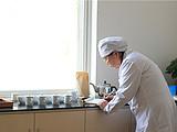 茶转载丨一片匠心在玉壶:茶,值得她倾注一生