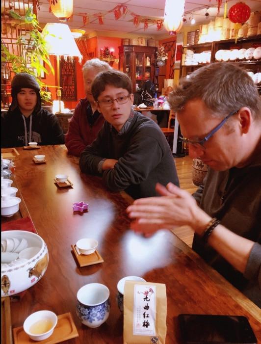 The New Century Tea House是从业了几十年的传统中式茶馆