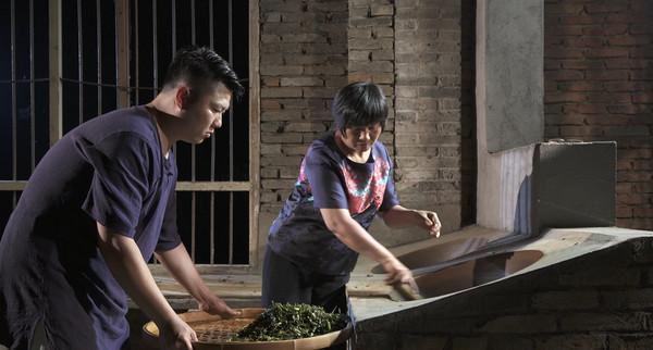 游玉琼+方舟:唯一的女性传承人和硕士学历的传承者