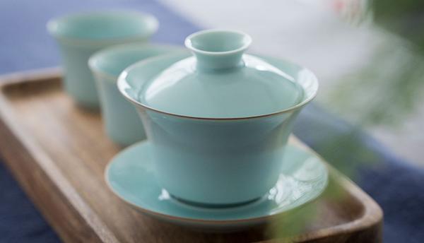 茶杯·龙泉青瓷·粉青釉盖碗套组