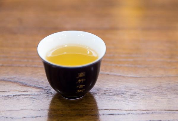 茶汤,普洱茶,茶杯
