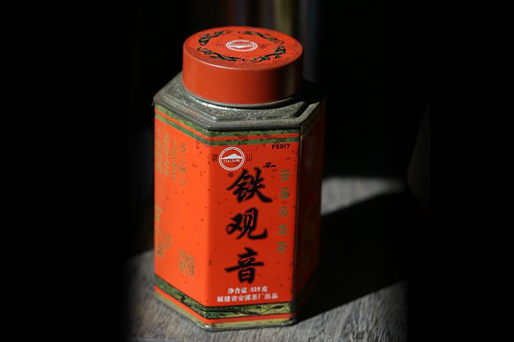 凤山茶厂fs017特殊款六方铁罐装铁观音