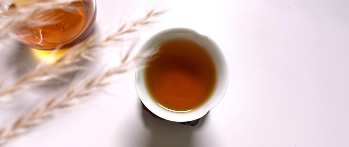 99元买滑竹梁子古树红茶,野生古树原料