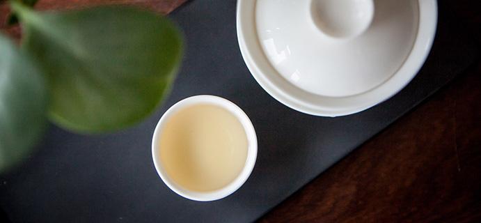 茶生活 |不苦的紫娟茶  茶汤入口糯滑,有果酱感,花香浓郁,很清凉。