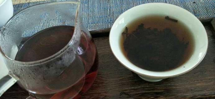 茶问答 | 06年的普洱  像是轻微发霉了,发霉的话还有的救吗?