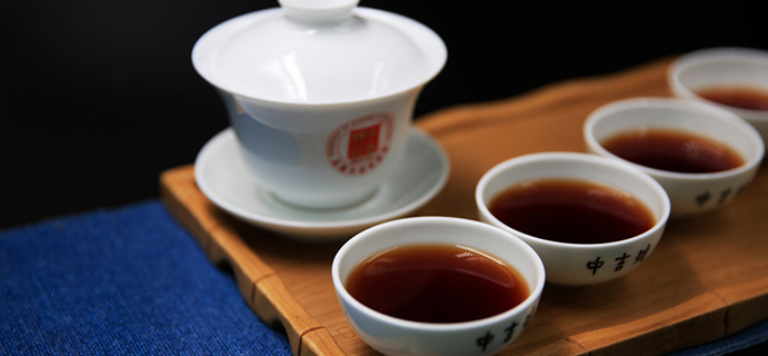 学茶   云南普洱茶  后发酵的云南普洱茶优势在哪?