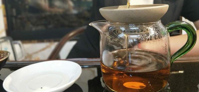 晒茶 |祁红香螺  入口甘醇,回味浓厚,具有独特的甜香。