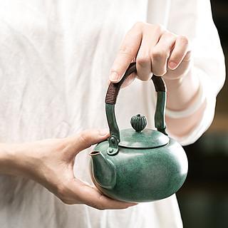 小铜壶·七巧柳绿壶