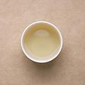 汤色浅绿明亮。香气低淡,入口滋味淡薄,接近水味。
