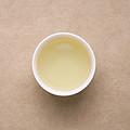 汤色浅黄,明亮度高;茶香舒适,豆香浓郁;茶汤较厚,滋味甜度较好,有鲜度,舌面有涩感,化开快,饮后生津好,有回甘,口内有留香。