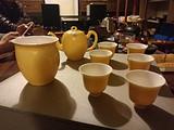 晓芳窑黄釉茶具