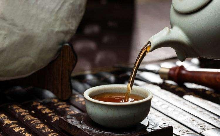 听说下雨天和普洱茶更配哦!