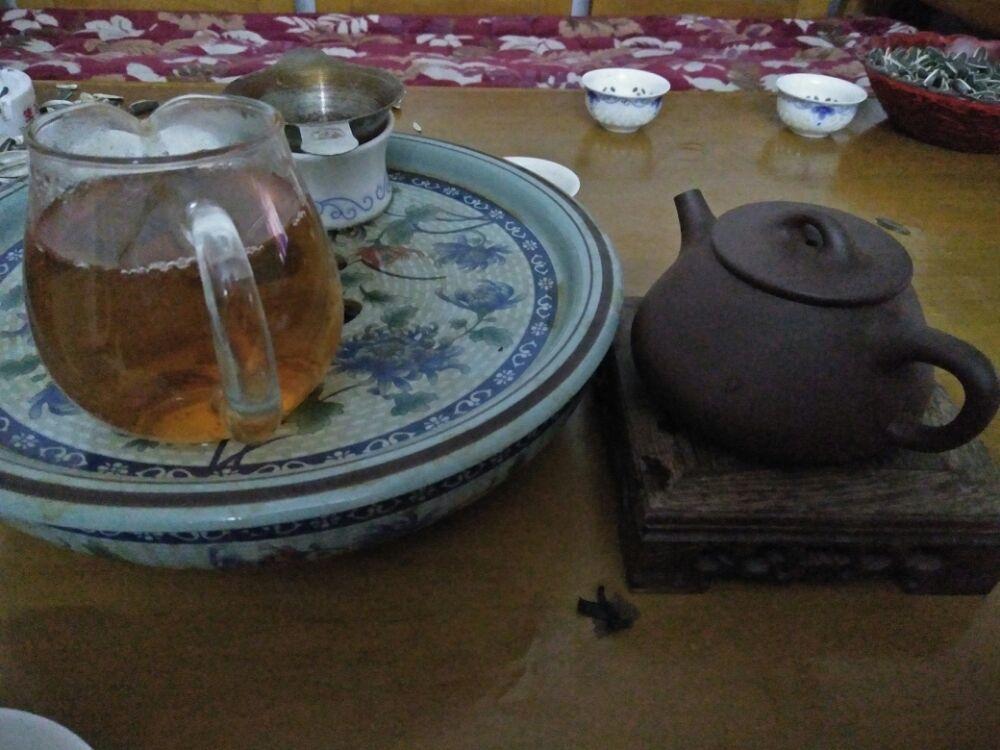 喝茶有呕吐感
