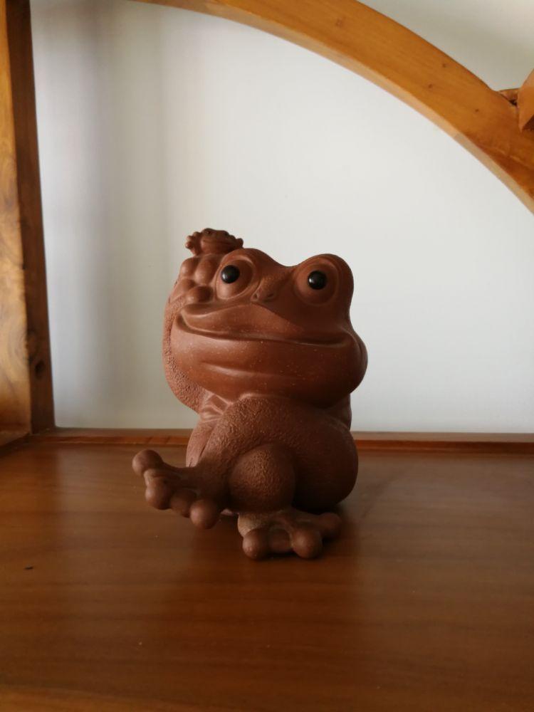 为什么最喜欢这只青蛙茶宠