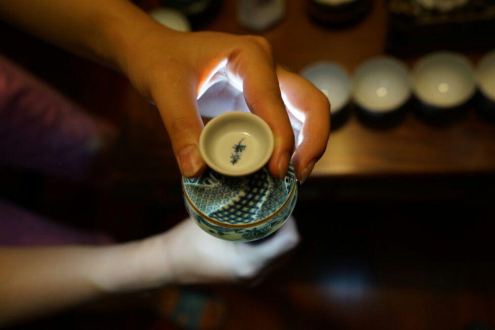 京都井上春峰的作品,不知道国内估价多少?
