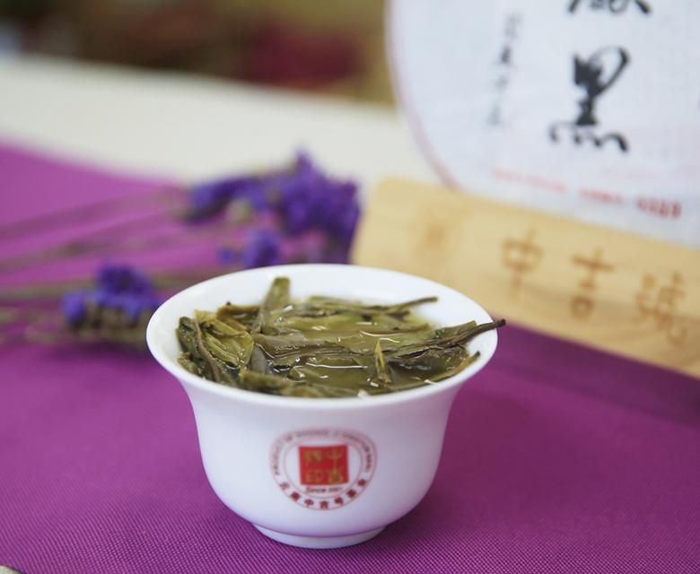 为什么大家都想要喝古树普洱茶