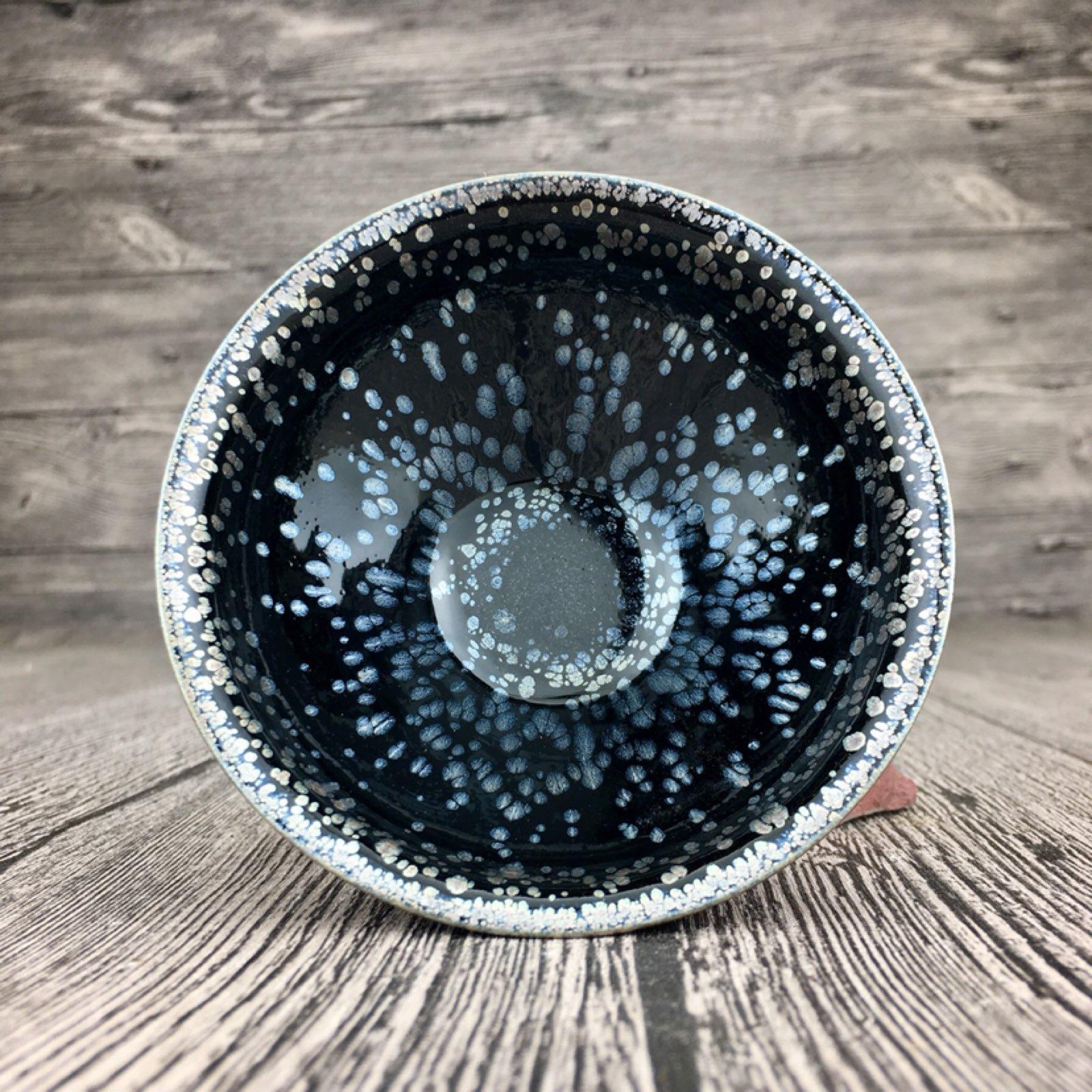 黑底银滴玉兰杯