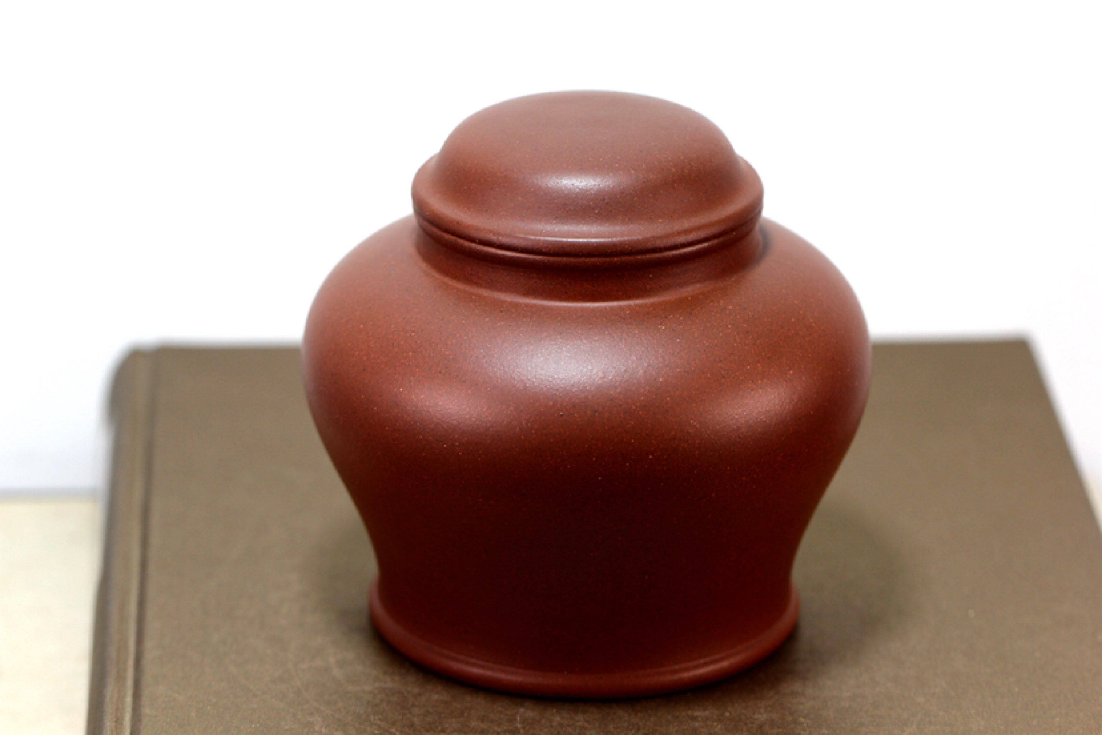 紫砂醒茶罐与存茶罐
