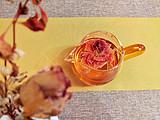 玫瑰花的美不止于远观还要用心感受