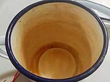 喝茶不洗杯,时间长了茶垢洗不掉