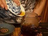 """""""湿仓""""是否会加快普洱茶的陈化"""