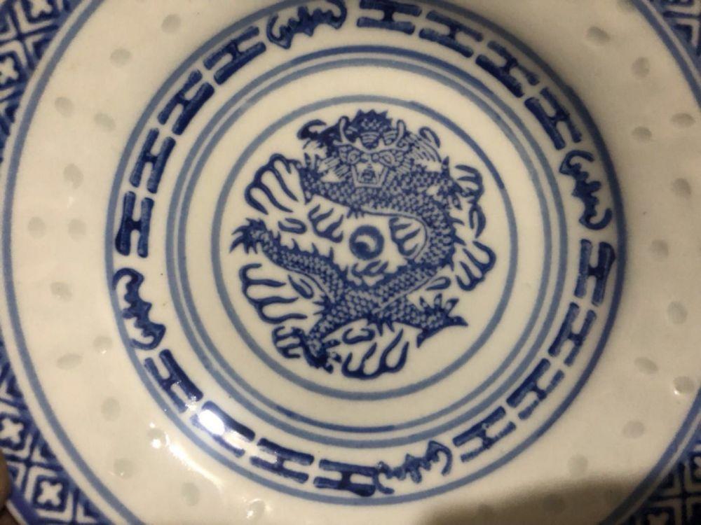 60年代厂瓷玲珑龙纹盘子