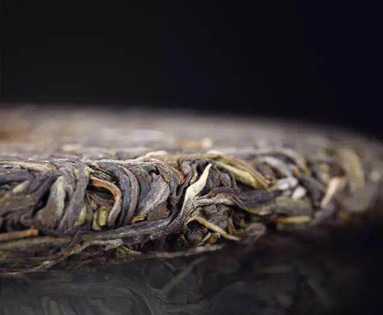 为什么绿茶只能喝新鲜的,普洱茶可以喝老茶