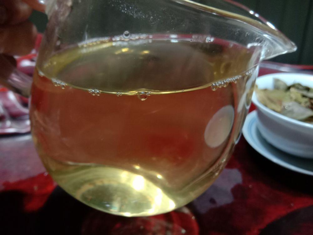夜茶,贺开曼迈老寨古树秋茶