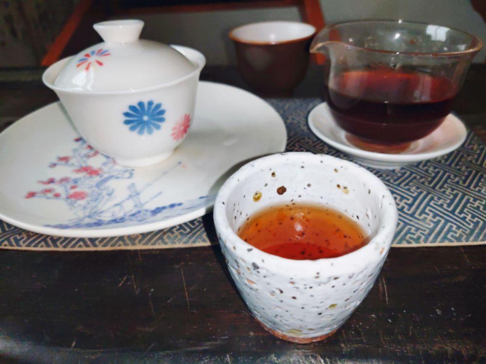 品茶和喝茶的区别是什么???